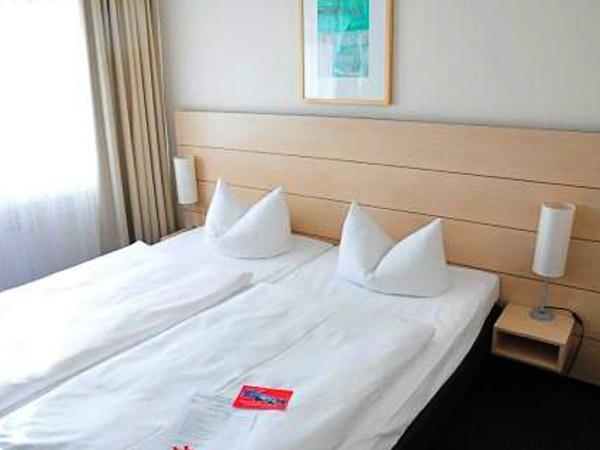 Zimmer Ausstattung Concorde Hotel Am Studio